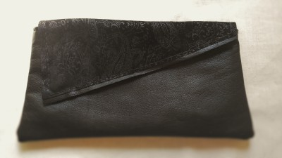 Asymmetrical Flap Clutch