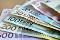 Travel Tips: Foreign Currency