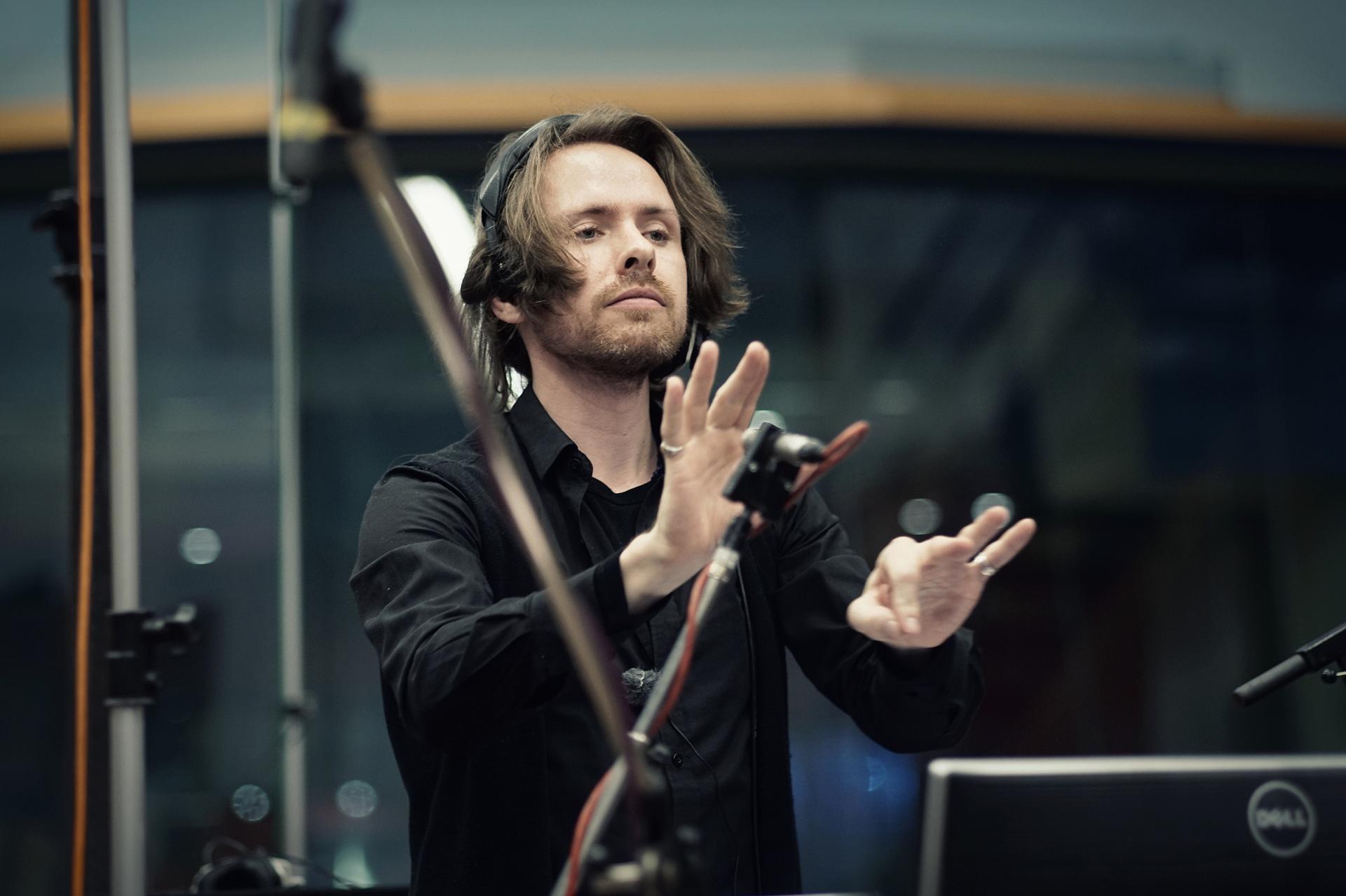 Martin Romberg Conducting