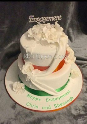 Irish themed engagement cake with swags