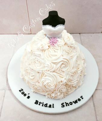 Buttercream rose bridal shower cake with fondant top