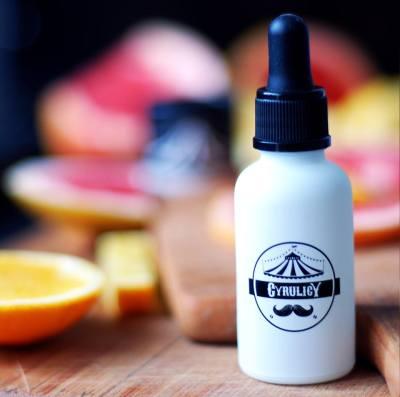 Pielęgnujący olejek do brody o zapachu różowego grejpfruta i brazylijskich pomarańczy