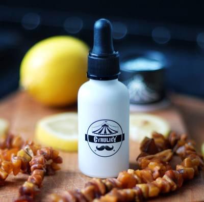 Olejek do brody, który nie tylko dba o jej wygląd, ale też nasyca cudownym aromatem.