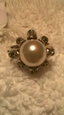 natural freshwater white pearl