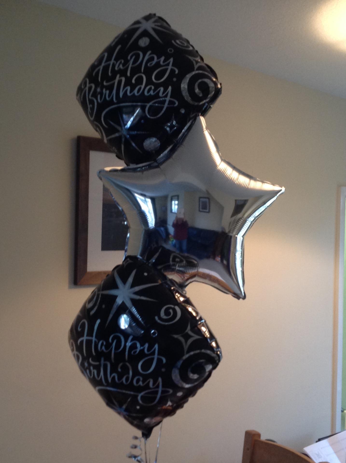 Birthday foil bouquet