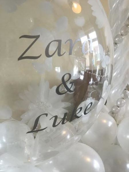 Personalised wedding bubble