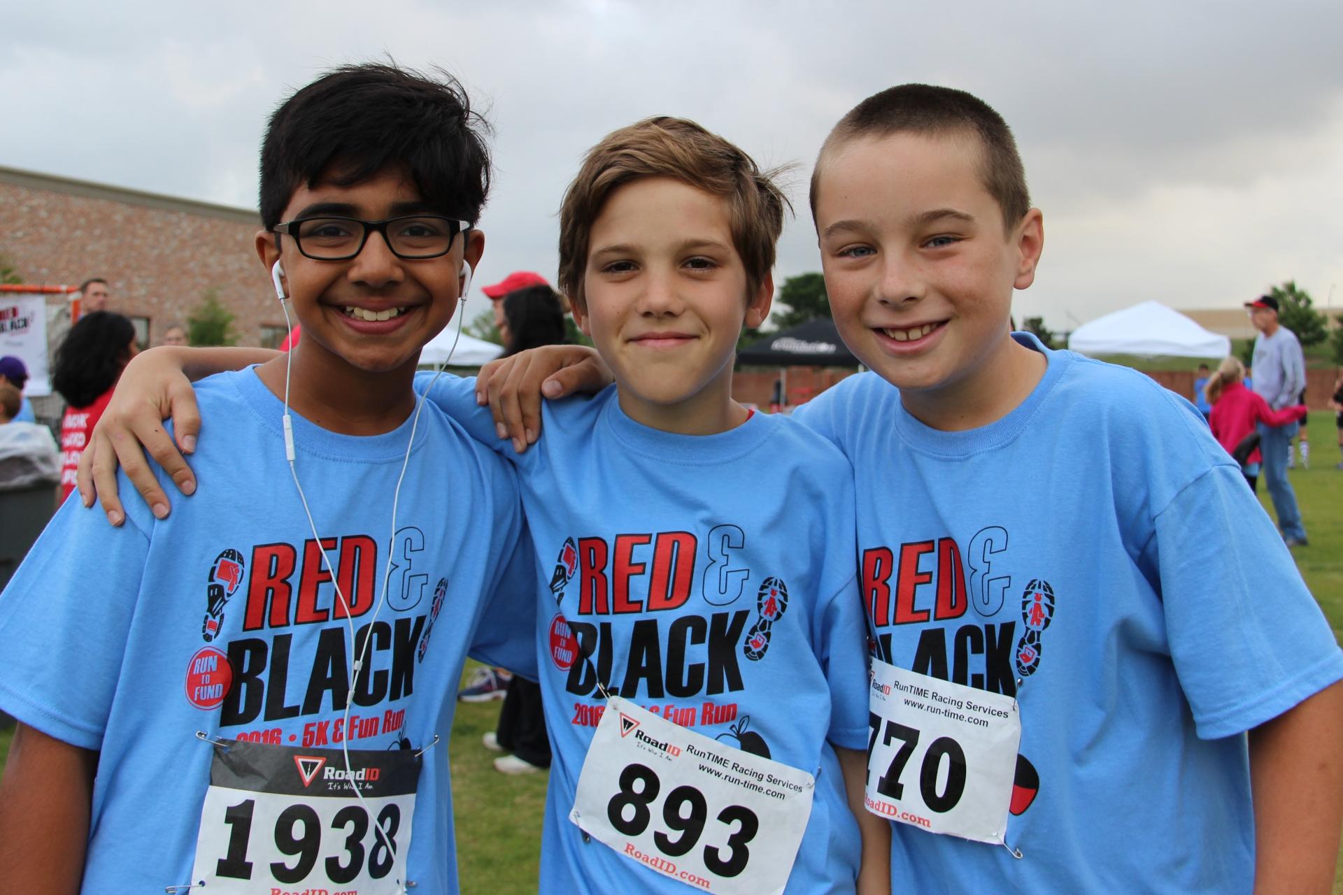 Red & Black Run to Fund