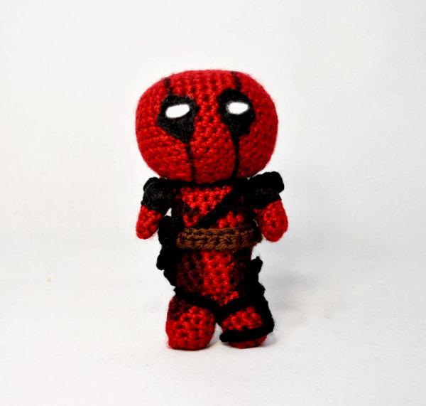 amigurumi, crochet, pattern, free, deadpool, comic, hero