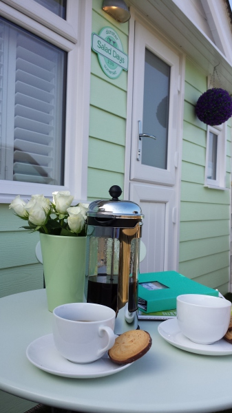 Dunster, luxury, Beach, hut, Salad, Days, morning, coffee, cafetiere, Beach hut,