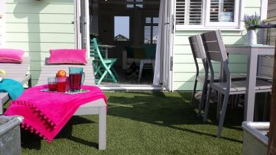 Dunster, luxury, Beach, hut, Salad, Days, loungers, back, garden