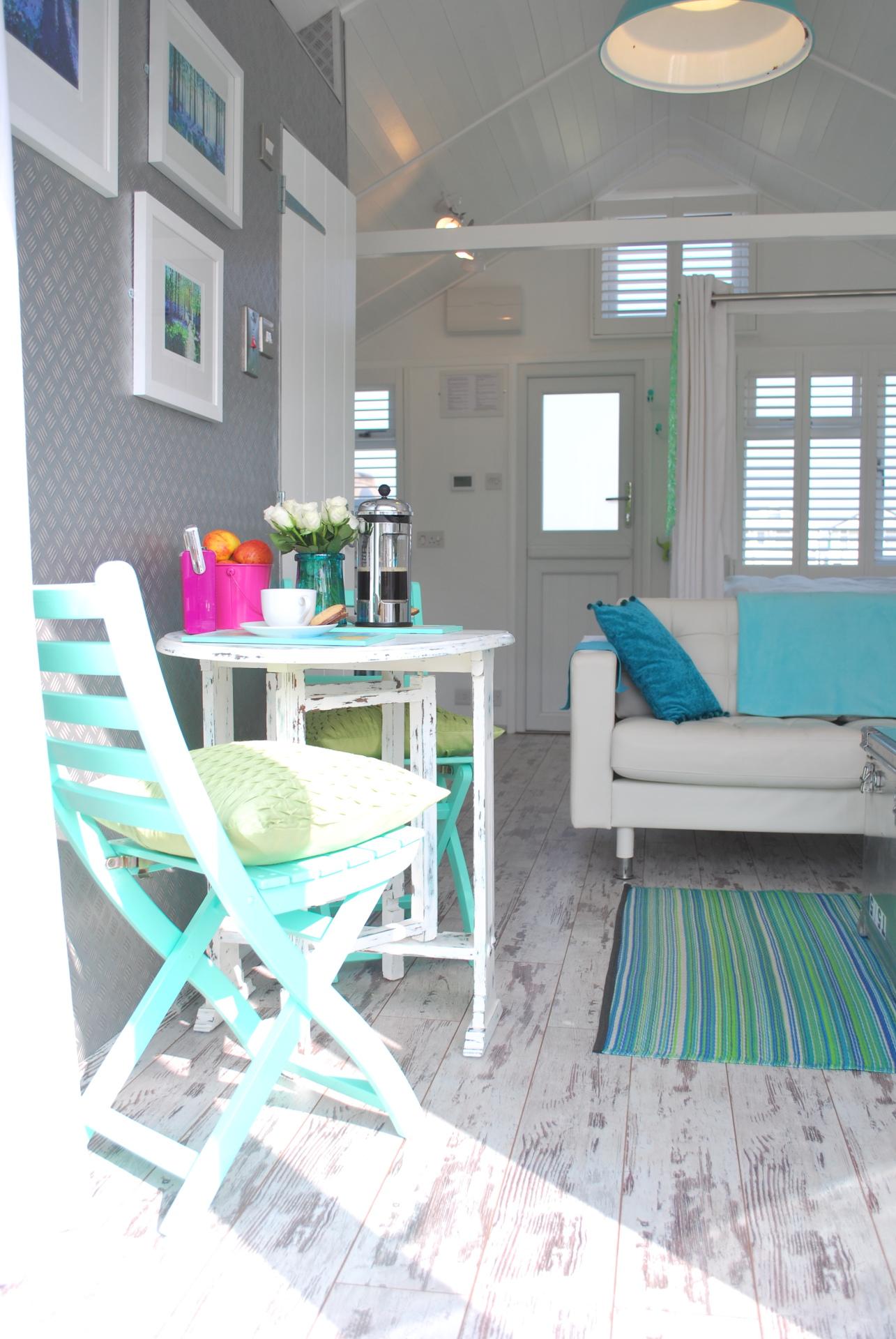 Dunster, luxury, Beach, hut, Salad, Days, chalet