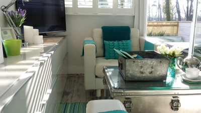 Dunster, luxury, Beach, hut, Salad, Days, lounge