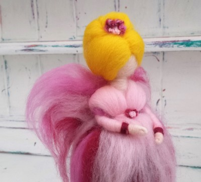 Fairy, The Fuzzy Hut, Needlefelting, Somerset, Etsy, Needle Felted Fairy