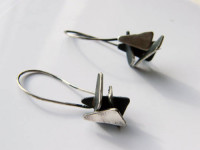 sculptural jewelry, dangle earrings, made by hand, unique design, geometric silver earrings, triangles, naakit, lydia redovnikovic