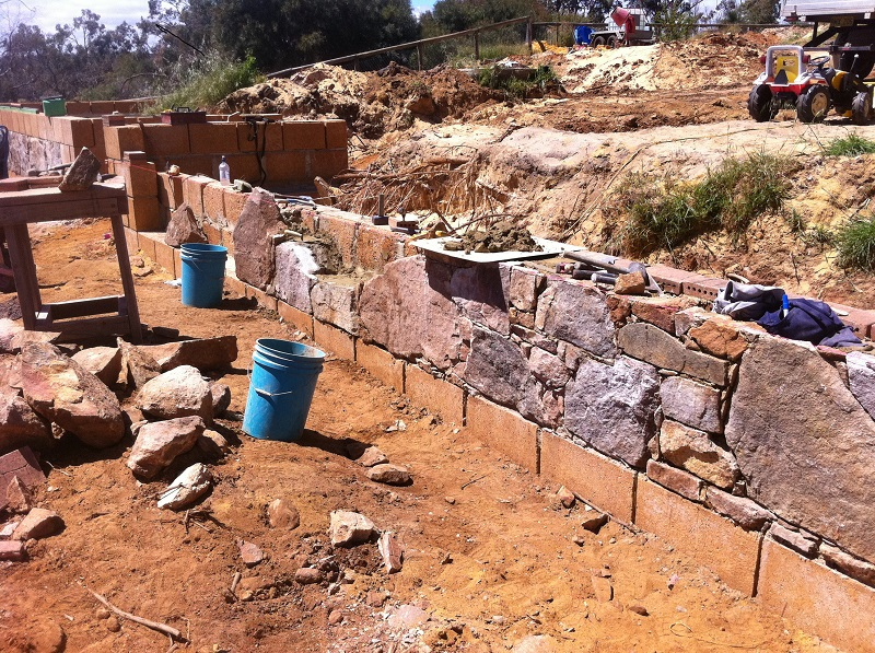 Granite, Field Granite, retaining wall, Rammed earth