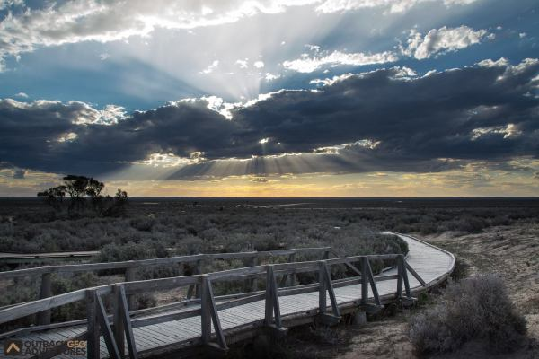 Board walk at Mungo National Park