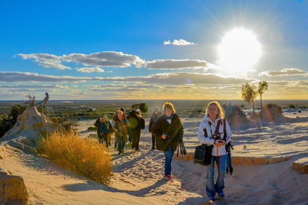 Group tour at Mungo National Park with Balranald's tour operator, Outback Geo Adventures