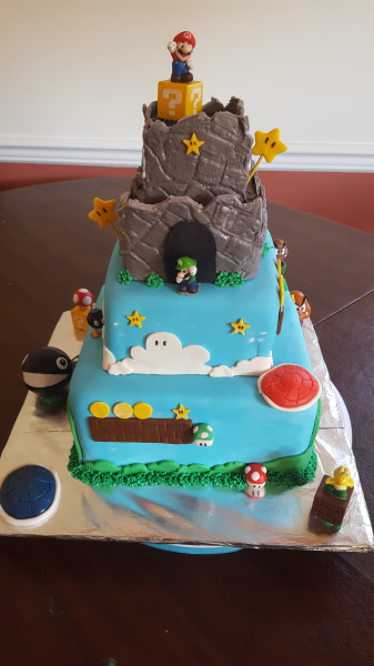 Mario 4 tier cake