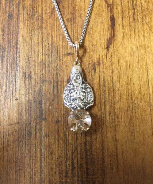 Rose Quartz in Rose Gold and Diamonds Pendant