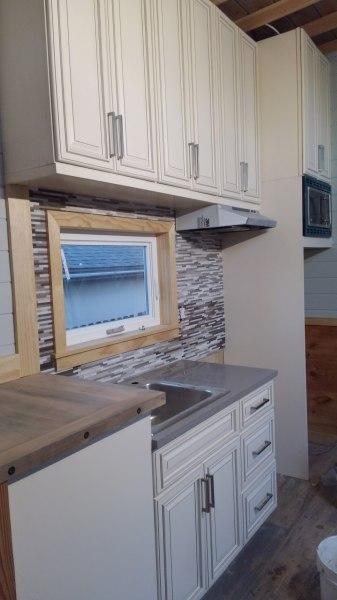 Quartz counter and back splash installed