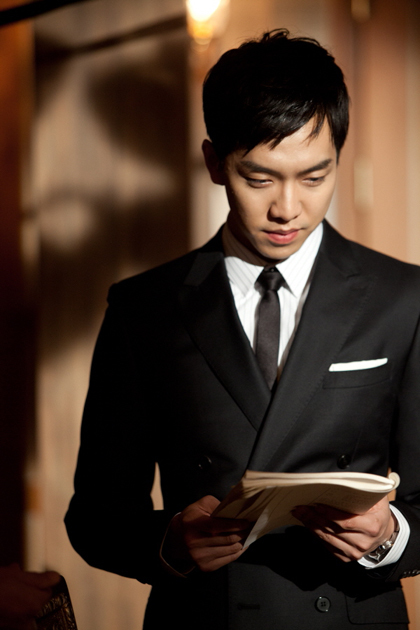 Tips Memilih Dasi Yang Benar