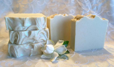 Gardenia fragrance, Moisturizing cold process soap, abundant lather, long lasting natural soap, handmade soap