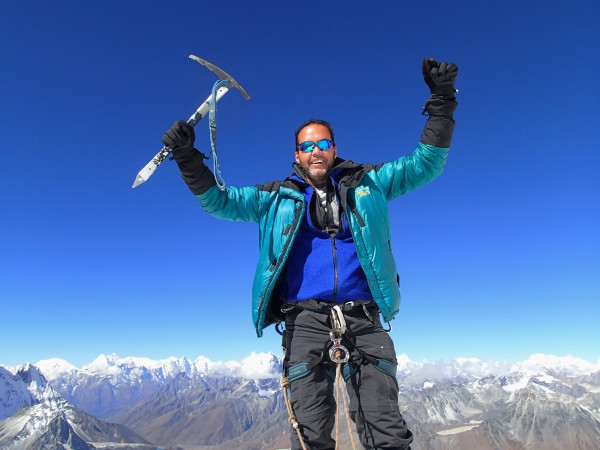 Nepal: My Summit Quest for 20,000 Feet+++