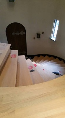 3.Wood Stairs