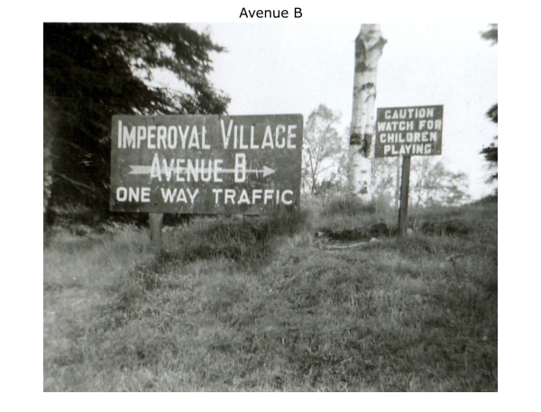 Imperoyal Village Avenue B, Woodside,  Avenue B sign