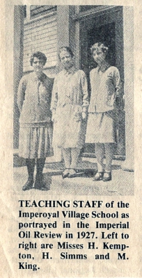 Imperoyal School Teaching Staff 1927 Misses H. Kempton, H. Simms, M. King