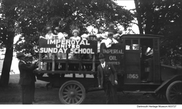 Sundays, drive to Imperoyal-United Church, 1920s