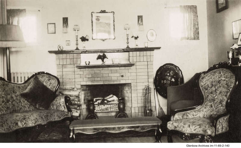 Imperoyal Village,  typical living room, 1920