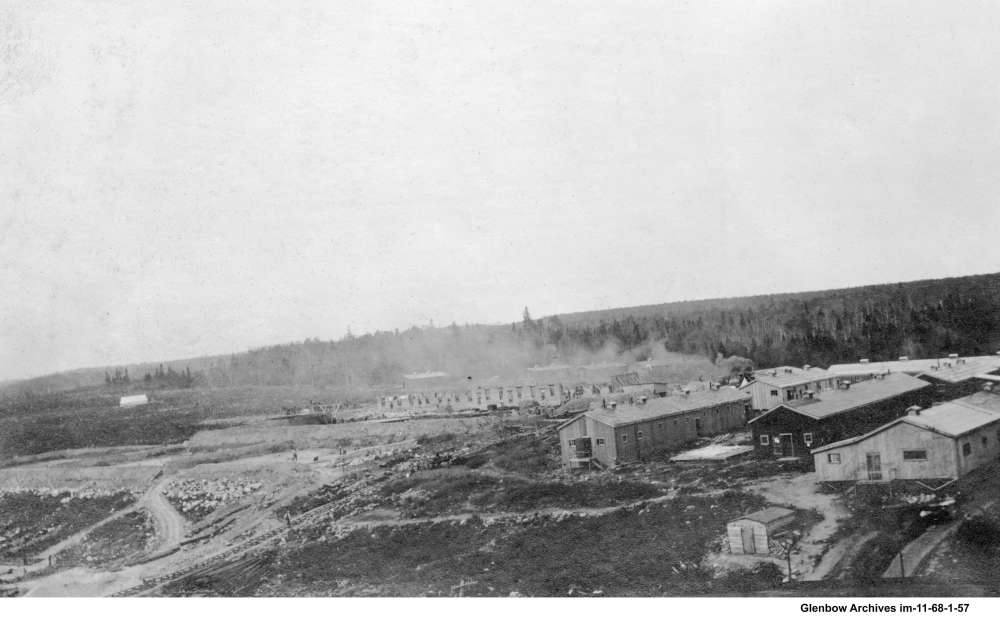 Temporary housing for construction workers building the Dartmouth Imperial Oil refinery.  June 16, 1917