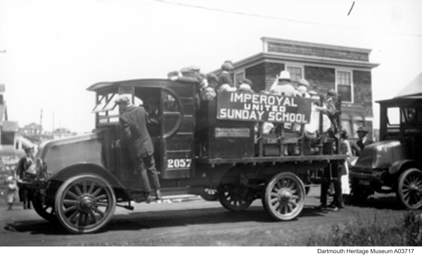 Sundays, drive to Imperoyal-United Church, 1920s corner of Pleasant and Everette Streets