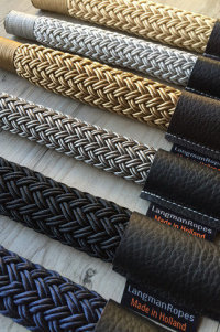 """<img src=""""ropes.jpg"""" alt=""""Colours mooring rope"""">"""