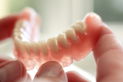 Contaminated Dentures pose potential Health Risks