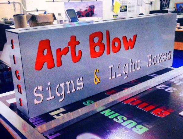 light boxes glasgow, glasgow illuminated signs
