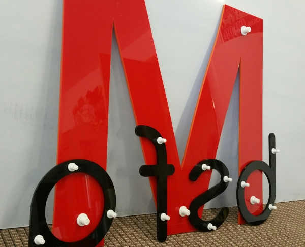 Glasgow shop letters, plastic letters glasgow, glasgow wall lettering