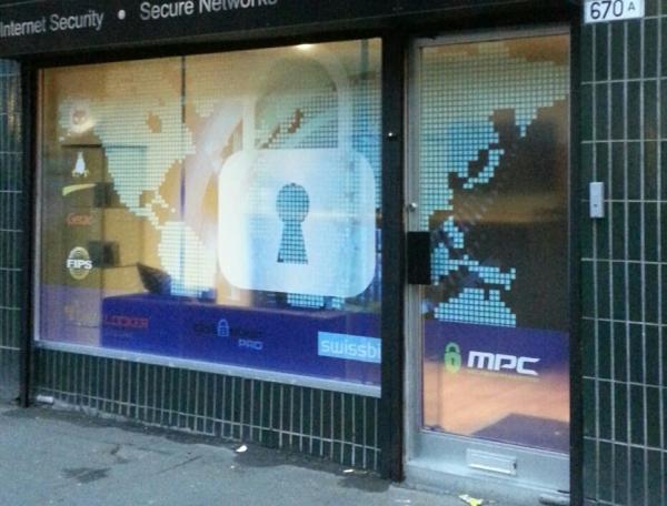 window graphics glasgow, glasgow window stickers, shop window signs glasgow