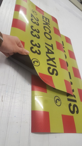 vehicle signs, high visibility signs glasgow, reflective van signs glasgow