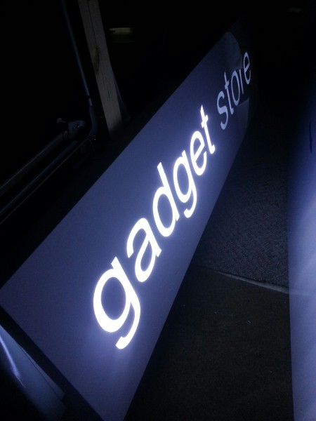 glasgow light boxes, shop fronts glasgow, glasgow sign trays, illuminated tray signs