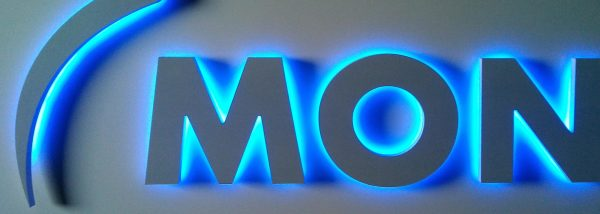 signs glasgow, illuminated letters glasgow, glasgow back lit letters, back lit signs glasgow