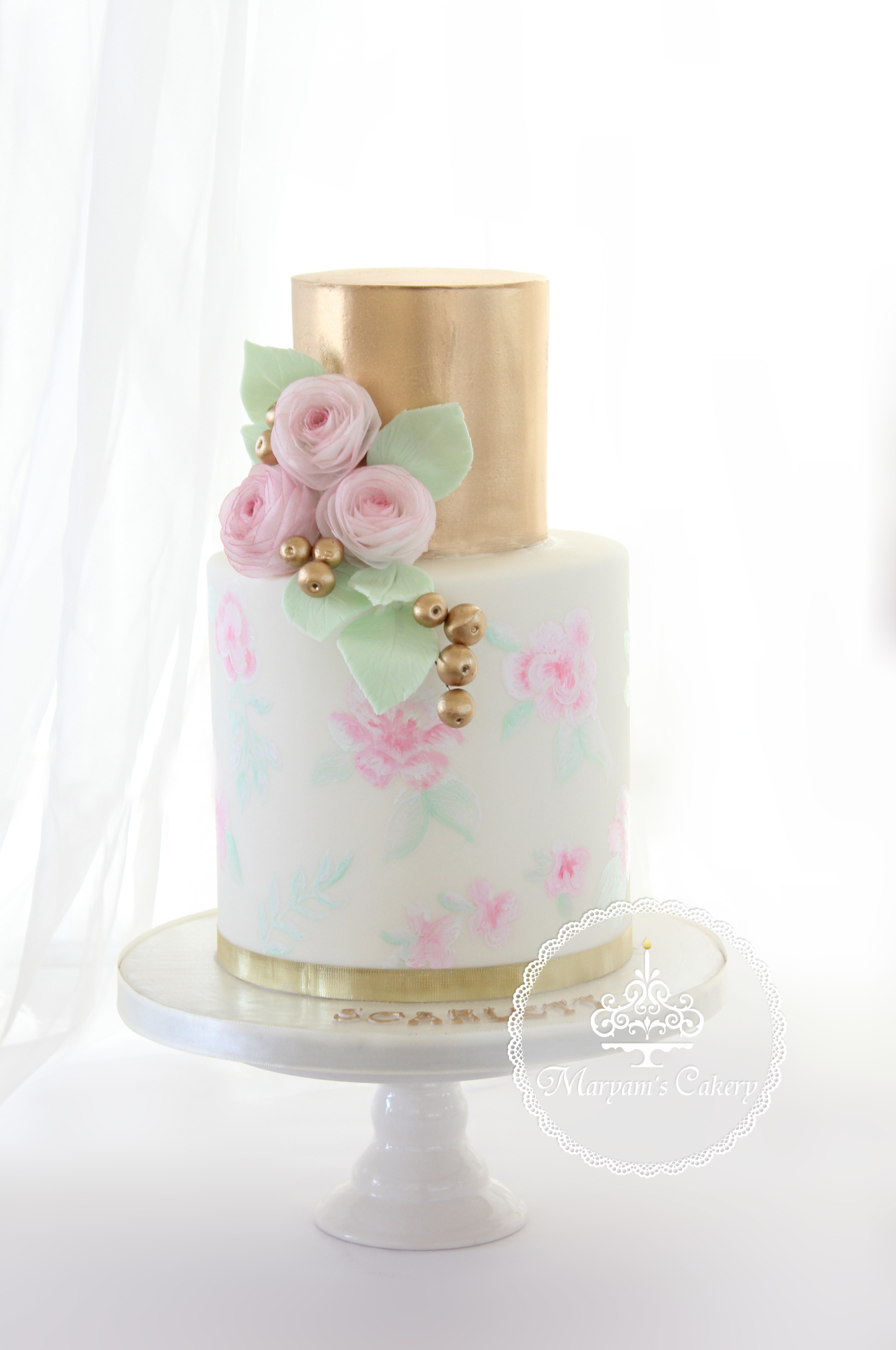 Soft gold & pink cake & desserts
