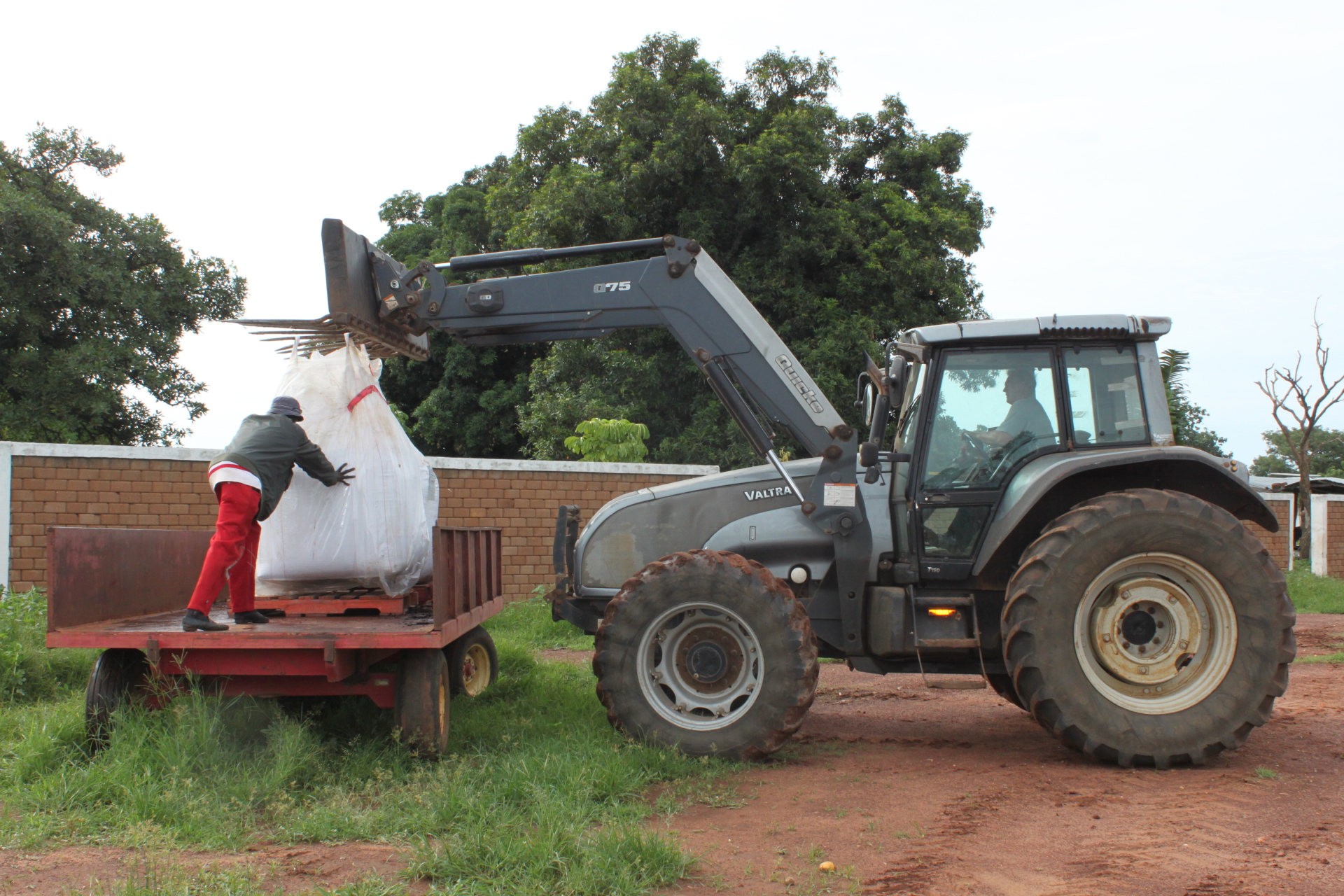 Loading Fertilizer