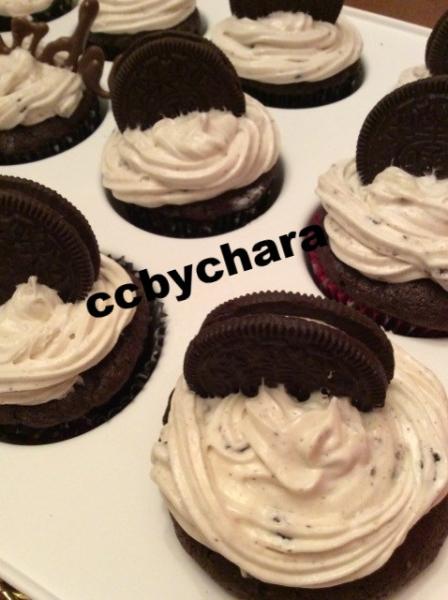 Oreo Cream Cupcakes