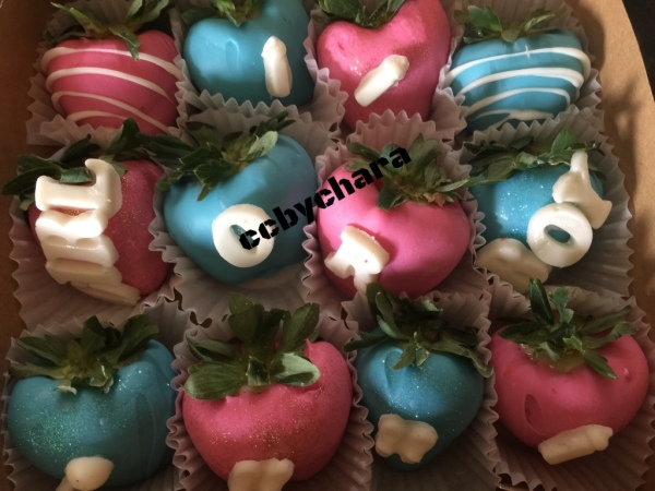 Gender Reveal Strawberries