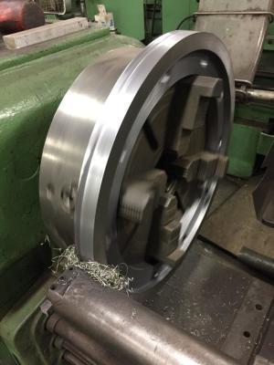 CNC vs Manual Machining