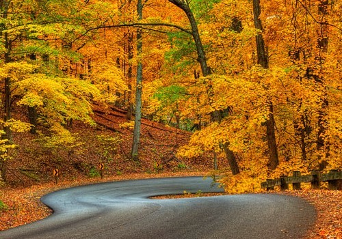 5 Awesome Midwest Road Trips for Fall