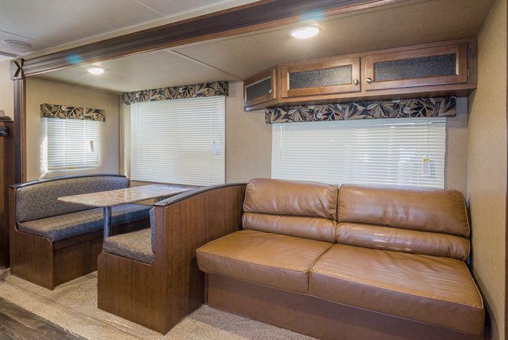 2016 Keystone Hideout 272LHS Interior
