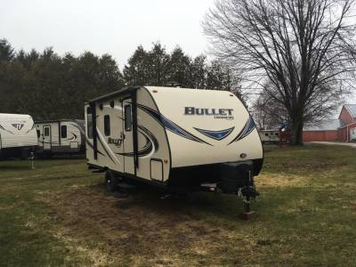 2016 KEYSTONE HIDEOUT 27DBS Travel Trailer